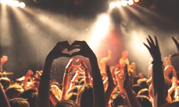 Folk der går til mange koncerter, lever længere