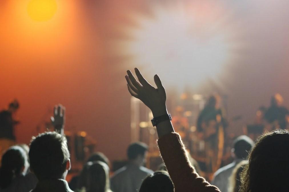 Mennesker til koncert